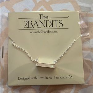 Cute necklace that's never been used or opened.